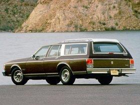 Ver foto 2 de Oldsmobile Custom Cruiser 1990