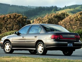 Ver foto 3 de Oldsmobile Cutlass 1997