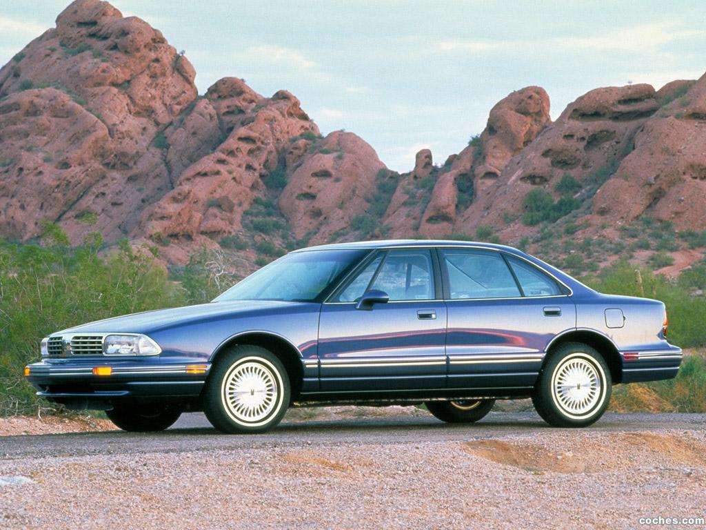 Foto 0 de Oldsmobile Regency 1997