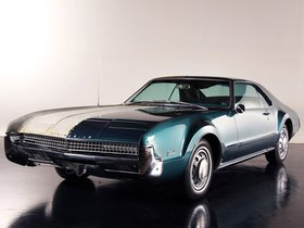 Ver foto 35 de Oldsmobile Toronado Half And Half by Precision Restorations 1967
