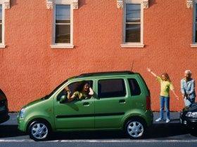 Ver foto 6 de Opel Agila 2000