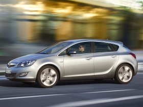 Ver foto 79 de Opel Astra 2009