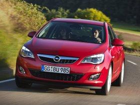 Ver foto 37 de Opel Astra 2009