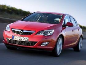 Ver foto 36 de Opel Astra 2009