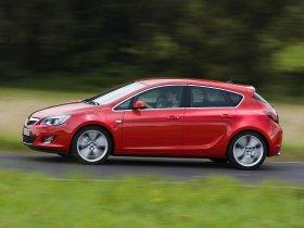Ver foto 32 de Opel Astra 2009