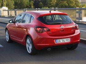 Ver foto 31 de Opel Astra 2009
