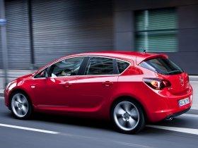 Ver foto 26 de Opel Astra 2009