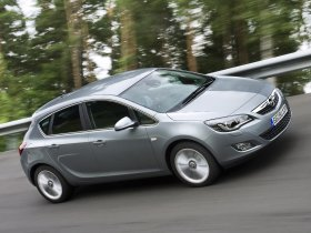 Ver foto 22 de Opel Astra 2009
