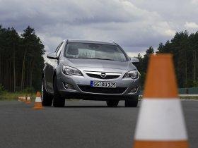 Ver foto 21 de Opel Astra 2009