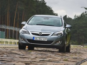 Ver foto 19 de Opel Astra 2009