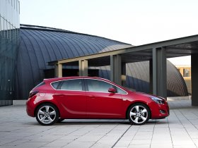Ver foto 11 de Opel Astra 2009