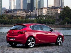 Ver foto 10 de Opel Astra 2009