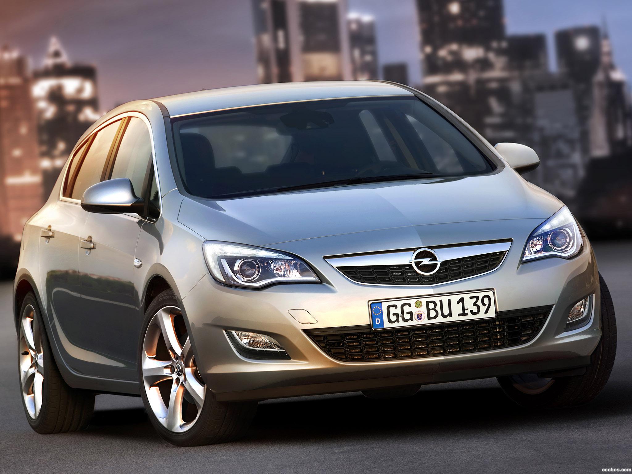Foto 74 de Opel Astra 2009