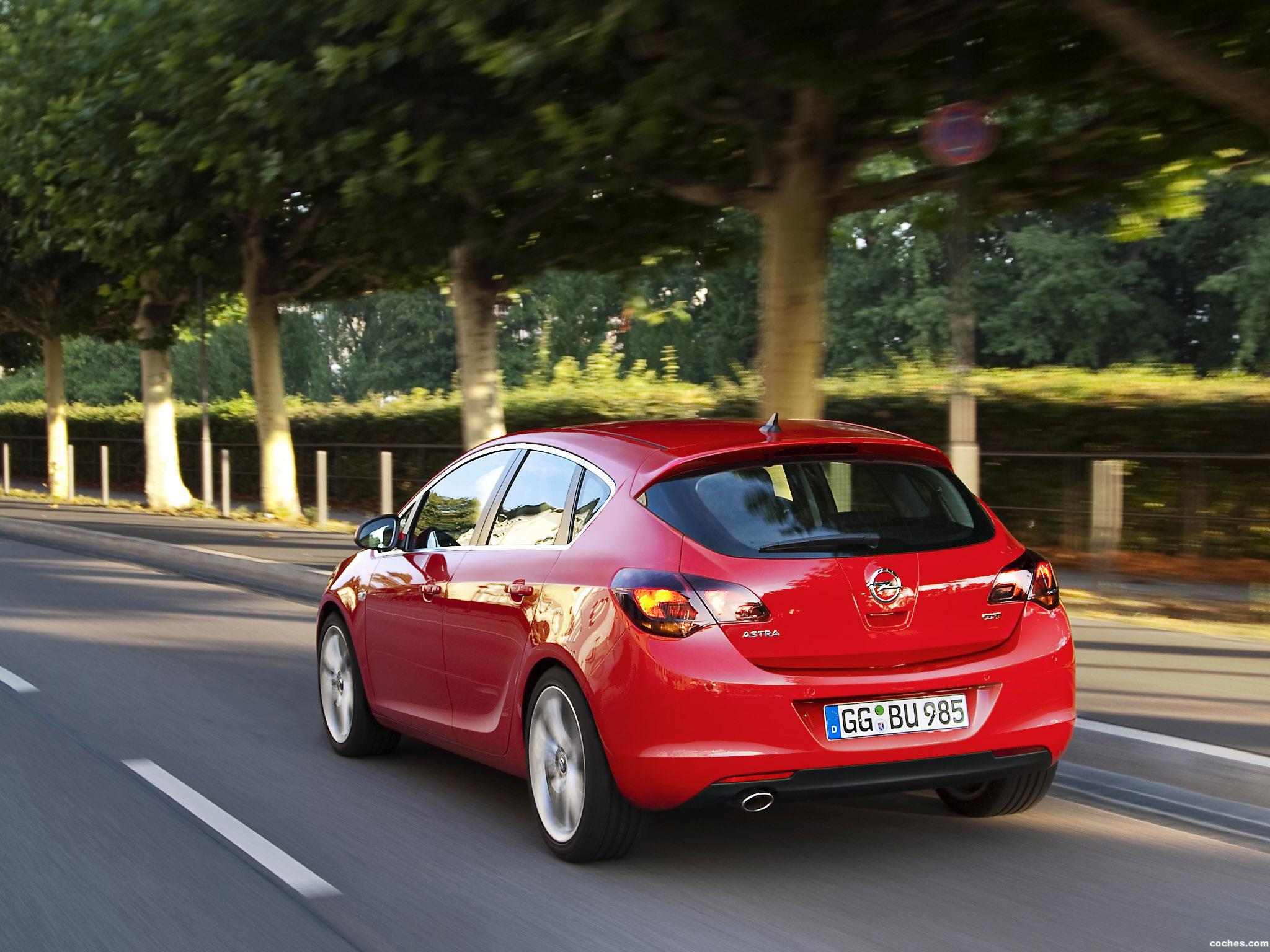 Foto 29 de Opel Astra 2009