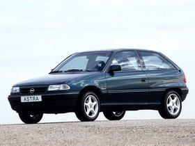 Ver foto 3 de Opel Astra 3 puertas F 1991