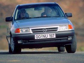 Ver foto 2 de Opel Astra 3 puertas F 1991