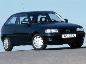 Fotos de Opel Astra 3 puertas F 1994