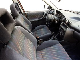 Ver foto 11 de Opel Astra 3 puertas F 1994