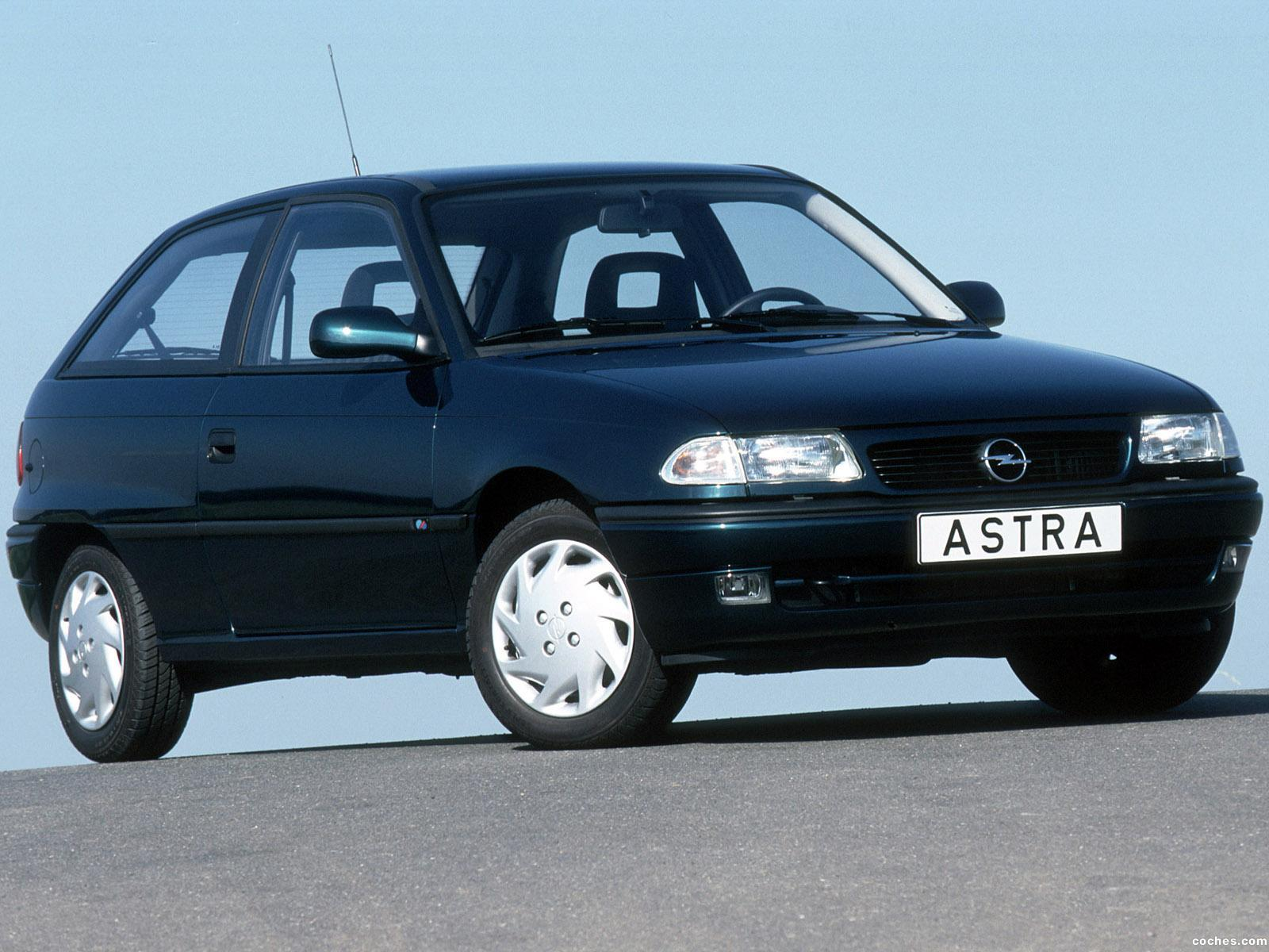 Foto 0 de Opel Astra 3 puertas F 1994