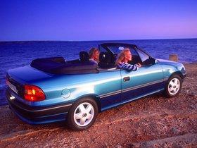 Ver foto 2 de Opel Astra Cabrio F 1993