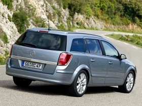 Ver foto 12 de Opel Astra Combi H 2004