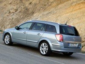 Ver foto 9 de Opel Astra Combi H 2004
