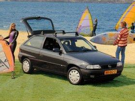 Ver foto 1 de Opel Astra Fresh 3 puertas F 1996