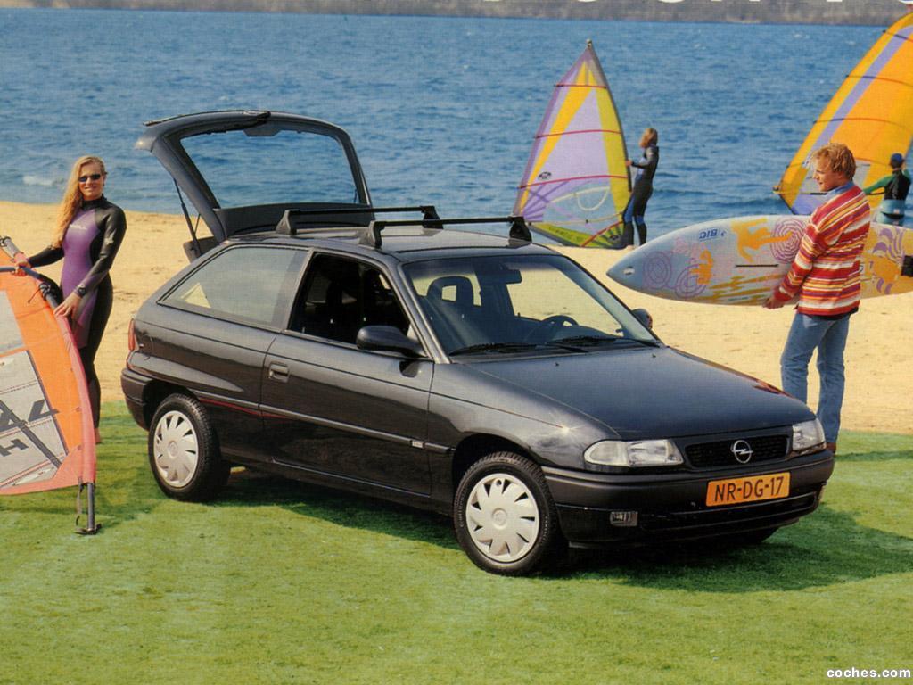Foto 0 de Opel Astra Fresh 3 puertas F 1996