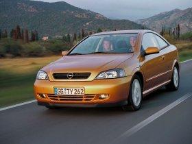 Ver foto 35 de Opel Astra G Coupe 2000