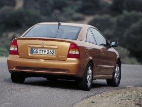 Ver foto 31 de Opel Astra G Coupe 2000