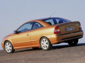 Ver foto 16 de Opel Astra G Coupe 2000