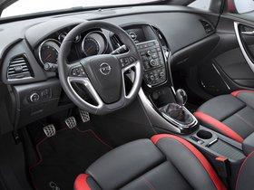 Ver foto 2 de Opel Astra GSI Biturbo Panoramic 2012