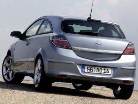 Ver foto 23 de Opel Astra H GTC 2005