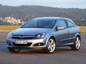Ver foto 18 de Opel Astra H GTC 2005
