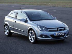 Ver foto 17 de Opel Astra H GTC 2005