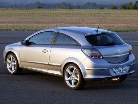 Ver foto 16 de Opel Astra H GTC 2005