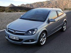 Ver foto 14 de Opel Astra H GTC 2005