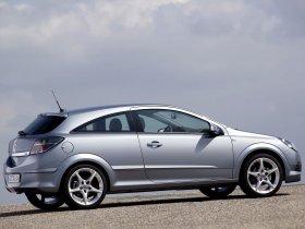 Ver foto 25 de Opel Astra H GTC 2005