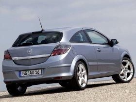 Ver foto 24 de Opel Astra H GTC 2005