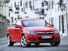 Ver foto 11 de Opel Astra H GTC 2005