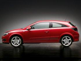 Ver foto 4 de Opel Astra H GTC 2005