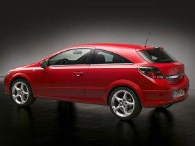 Ver foto 3 de Opel Astra H GTC 2005