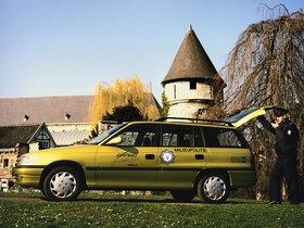 Ver foto 3 de Opel Astra Impuls II F 1992
