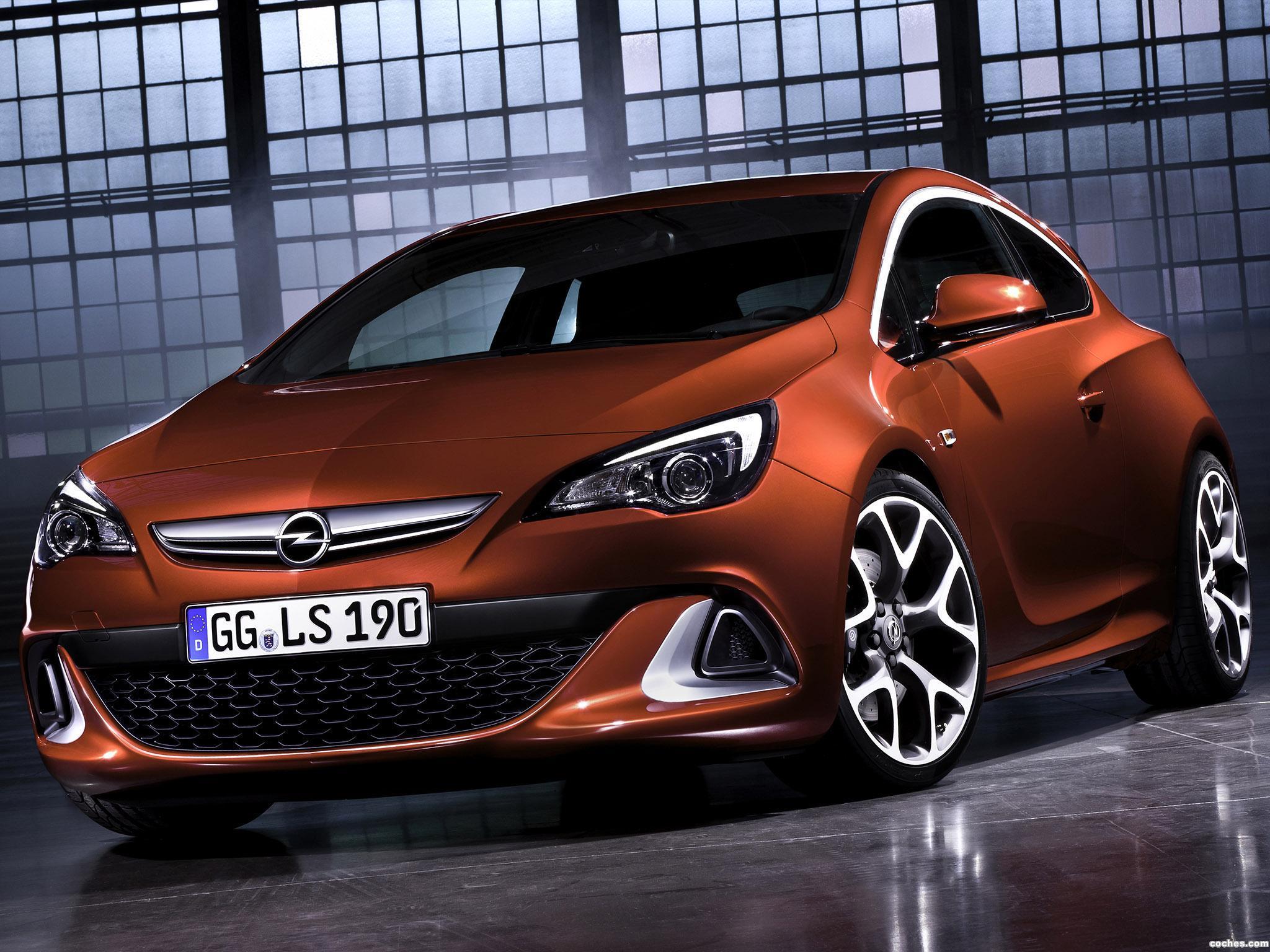 Foto 0 de Opel Astra GTC OPC 2012