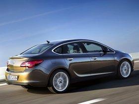 Ver foto 2 de Opel Astra Sedan J 2012