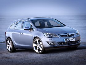 Fotos de Opel Astra Sports Tourer 2010