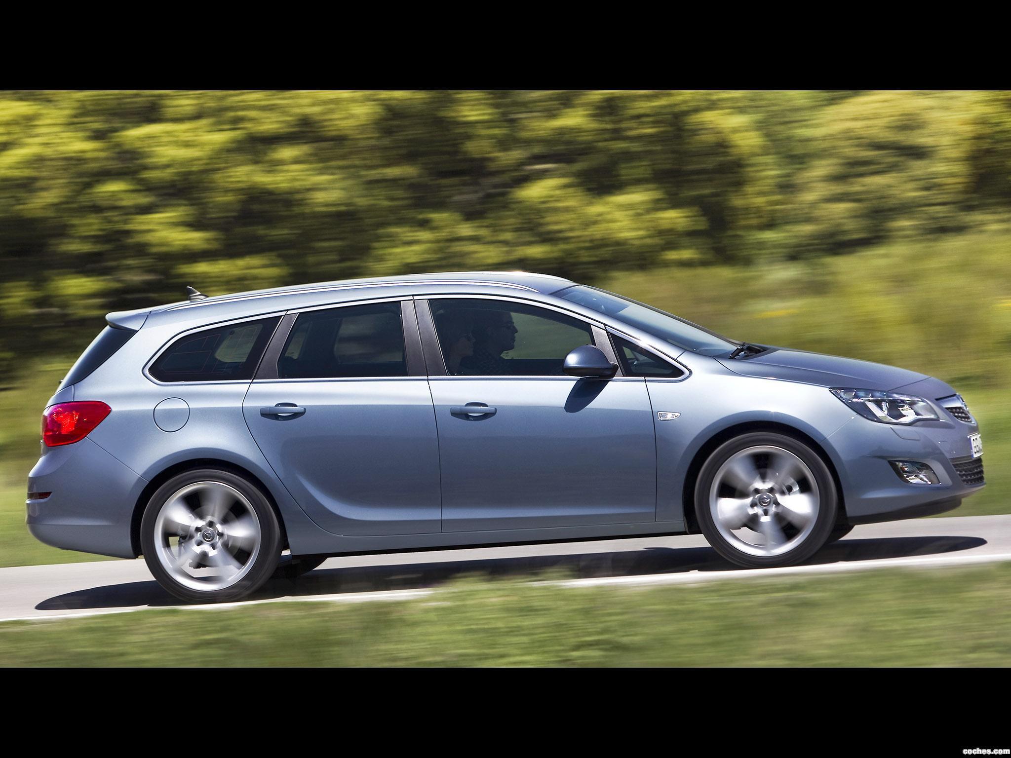 Foto 7 de Opel Astra Sports Tourer 2010