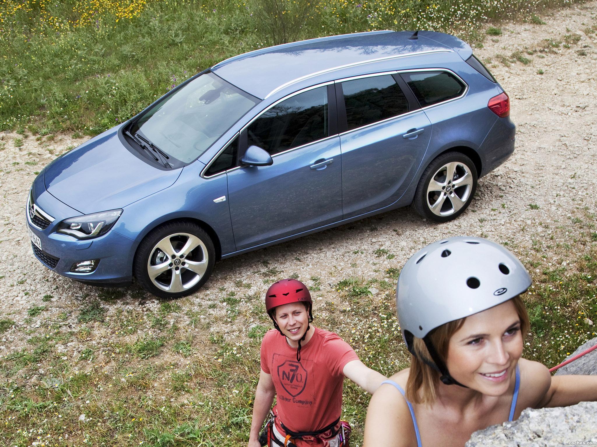 Foto 6 de Opel Astra Sports Tourer 2010