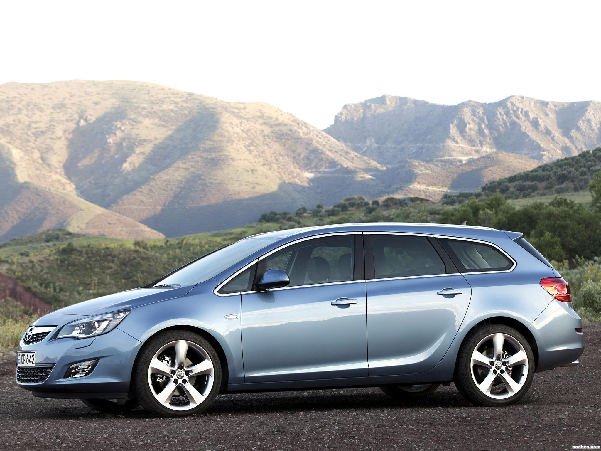 Foto 5 de Opel Astra Sports Tourer 2010