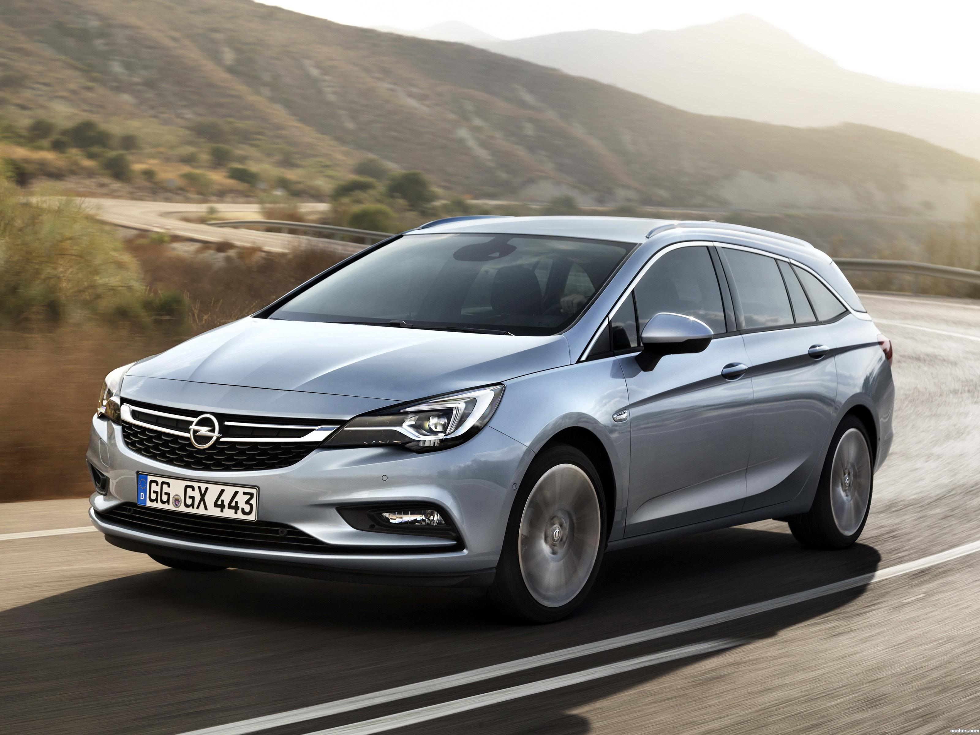Foto 0 de Opel Astra Sports Tourer 2015
